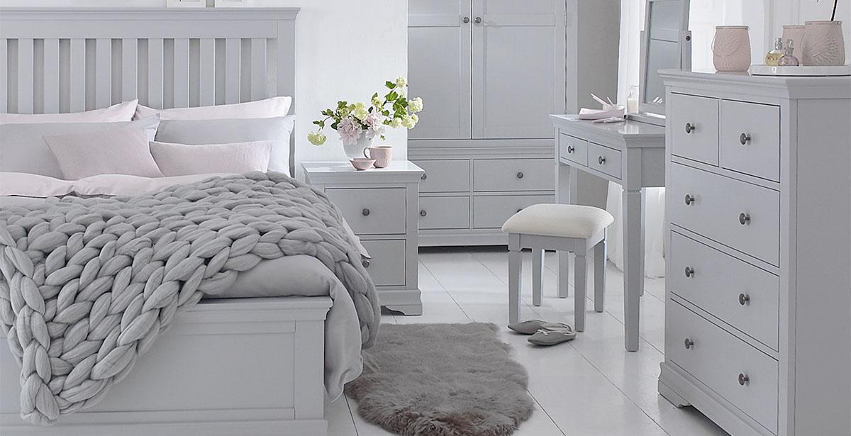 SW Bedroom - Grey