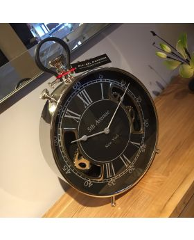 5th Avenue Table Clock