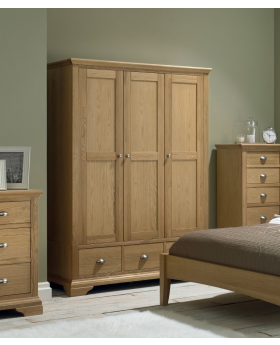Bentley Designs Hampstead Oak Triple Wardrobe